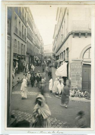 Rue_de_la_Lyre_Alger.jpg